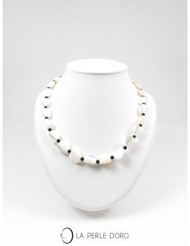 Shell, short necklace,...