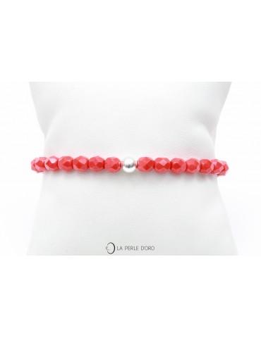 Verre rouge, bracelet...