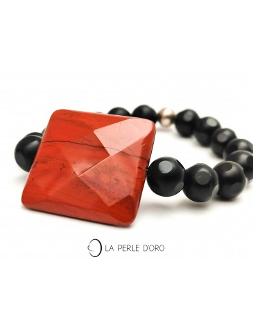 Red jasper and onyx Bracelet
