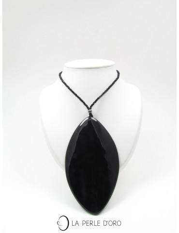Short necklace, natural...